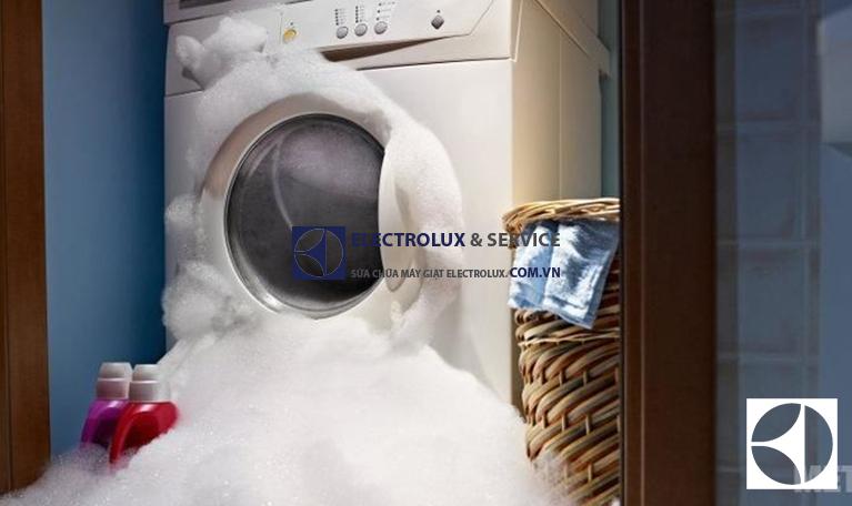 Máy giặt Electrolux báo lỗi EFO: Tìm hiểu nguyên nhân & Cách khắc phục